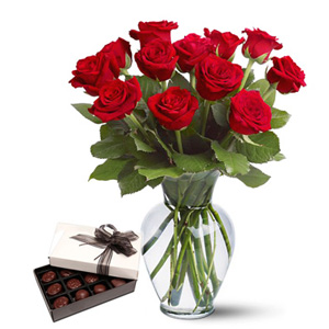 Delightful Roses <br><b>OFFER!</b>